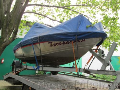 перевозка лодки на эвакуаторе